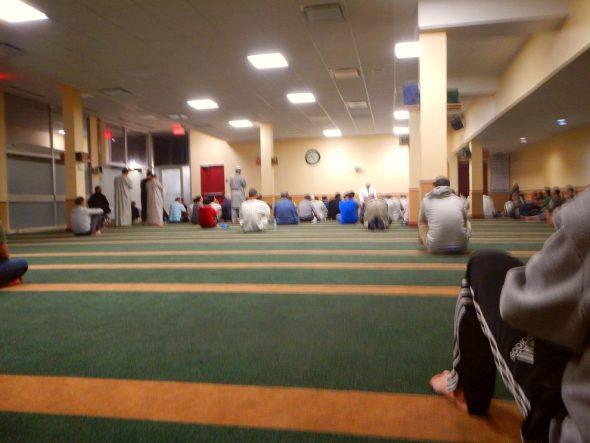 02-la-grande-mosquee-de-quebec-centre-culturel-islamique-de-quebec-cciq-2877-chemin-sainte-foy-sainte-foy-quebec-june-16-2016