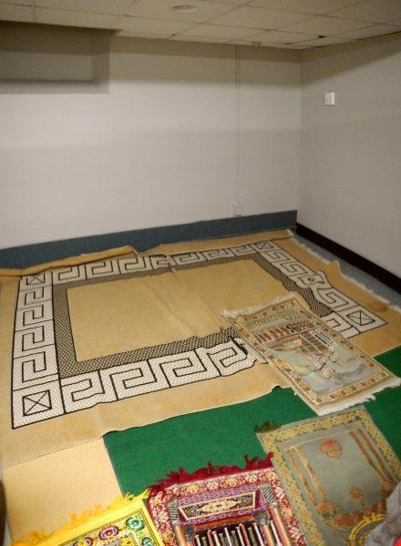 08-association-des-etudiants-musulmans-de-luniversite-de-moncton-aemum-salle-de-priere-moncton-new-brunswick