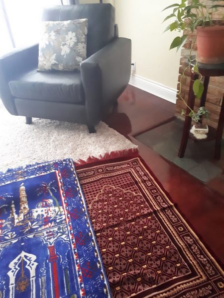 Prayer mats to pray together as a family
