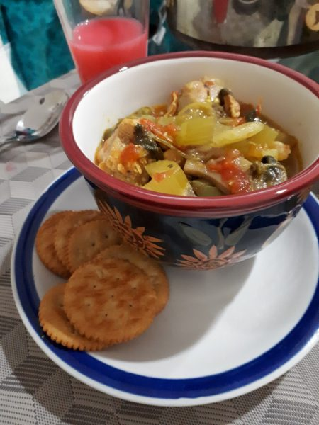 vegetable and chicken soup and crackers