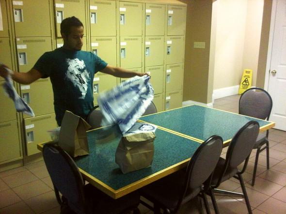 05 - Preparing Ramadan Iftar table plastic, Sault Ste Marie, Thursday July 25 2013