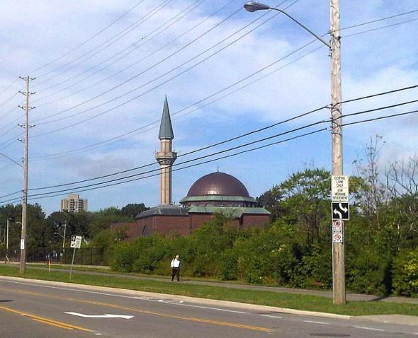 01 - Ottawa Main Mosque, seen from Scott Street, Jumah Friday August 2 2013
