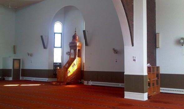 06 - Sunlight through Mihrab and Mimbar, Ottawa Main Mosque, Jumah Friday August 2 2013