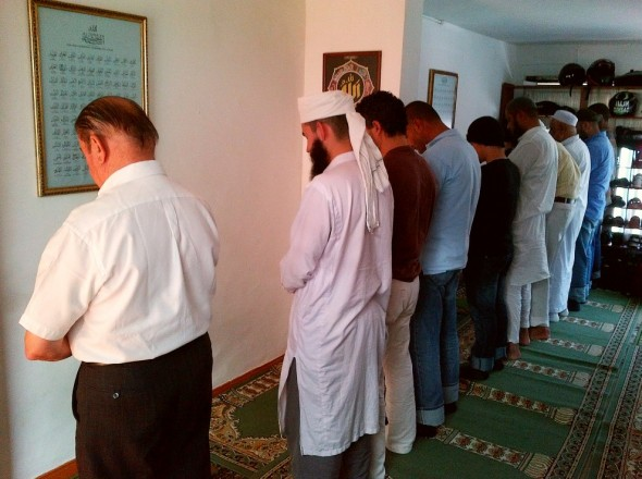 Salat al Jumah Friday Congregational Prayer in Medellin's Only Masjid Friday March 28 2014