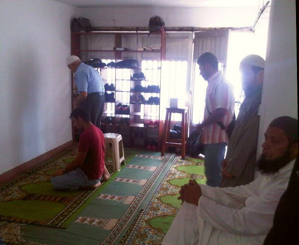 Sunnah Prayers after Salat al Jumah Friday Prayer in Masjid in Medellin Colombia 2014-03-21-50030