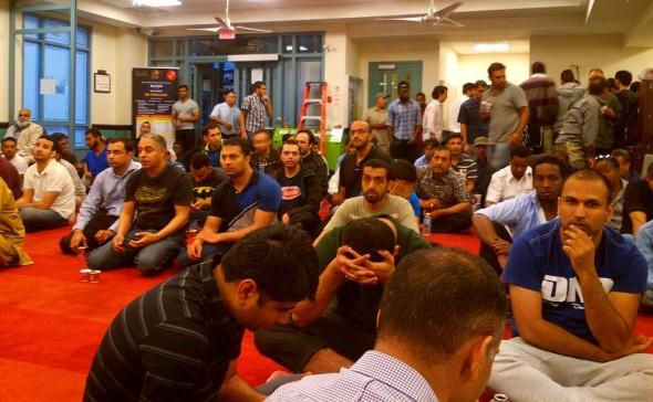 003 - Masjid Toronto - 168 Dundas Street West - June 24 2015