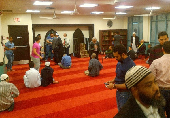 010 - Masjid Toronto - After Witr Prayers - 168 Dundas Street West - June 24 2015