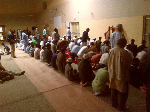 022 - IIT - Islamic Institute of Toronto - Ramdan Lecture & Iftar Program - Sunnah Prayers Before Isha - Saturday June 20 2015