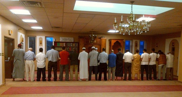 Bosnian Islamic Centre - Iqama for Salat al Maghrib - June 18 2015