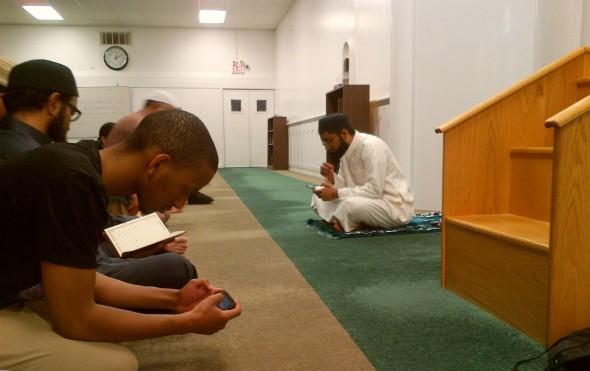 Islamic Information & Dawah Centre International - Recitation of Qur'an after Tarawih - Wednesday June 17 2015