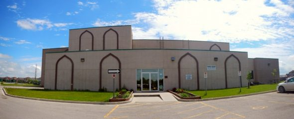 02 - It's Ramadan Curious George - Hena Khan - Manitoba Islamic Association - 2445 Waverley Rd - Winnipeg